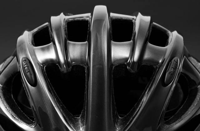 kask rowerowy czarny